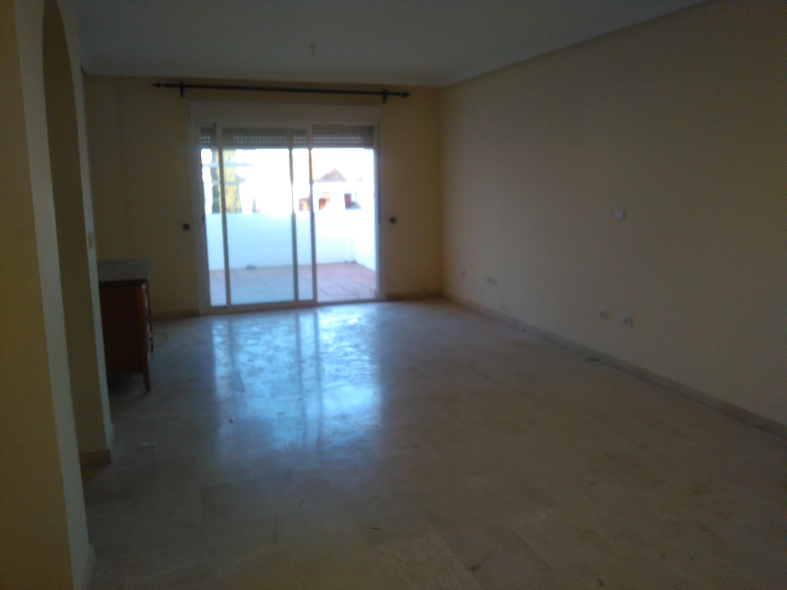 Piso en Estepona (22461-0001) - foto1