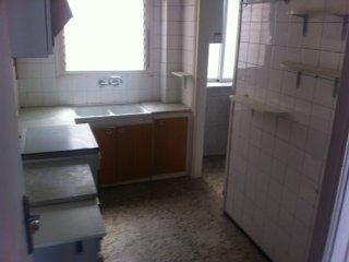 �tico en Cornell� de Llobregat (35081-0001) - foto4