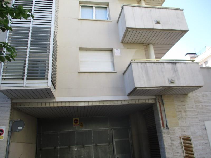 Garaje en Vilanova i la Geltrú (55612-0001) - foto0