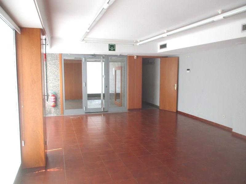 Locales en Cornellà de Llobregat (A2-75404-0001) - foto4