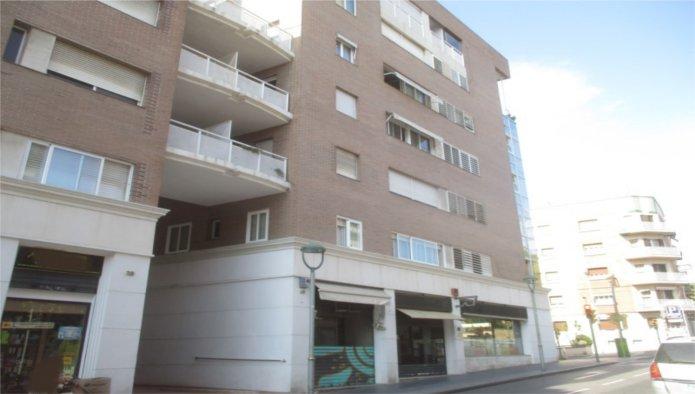 Locales en Tarragona (63207-0001) - foto0