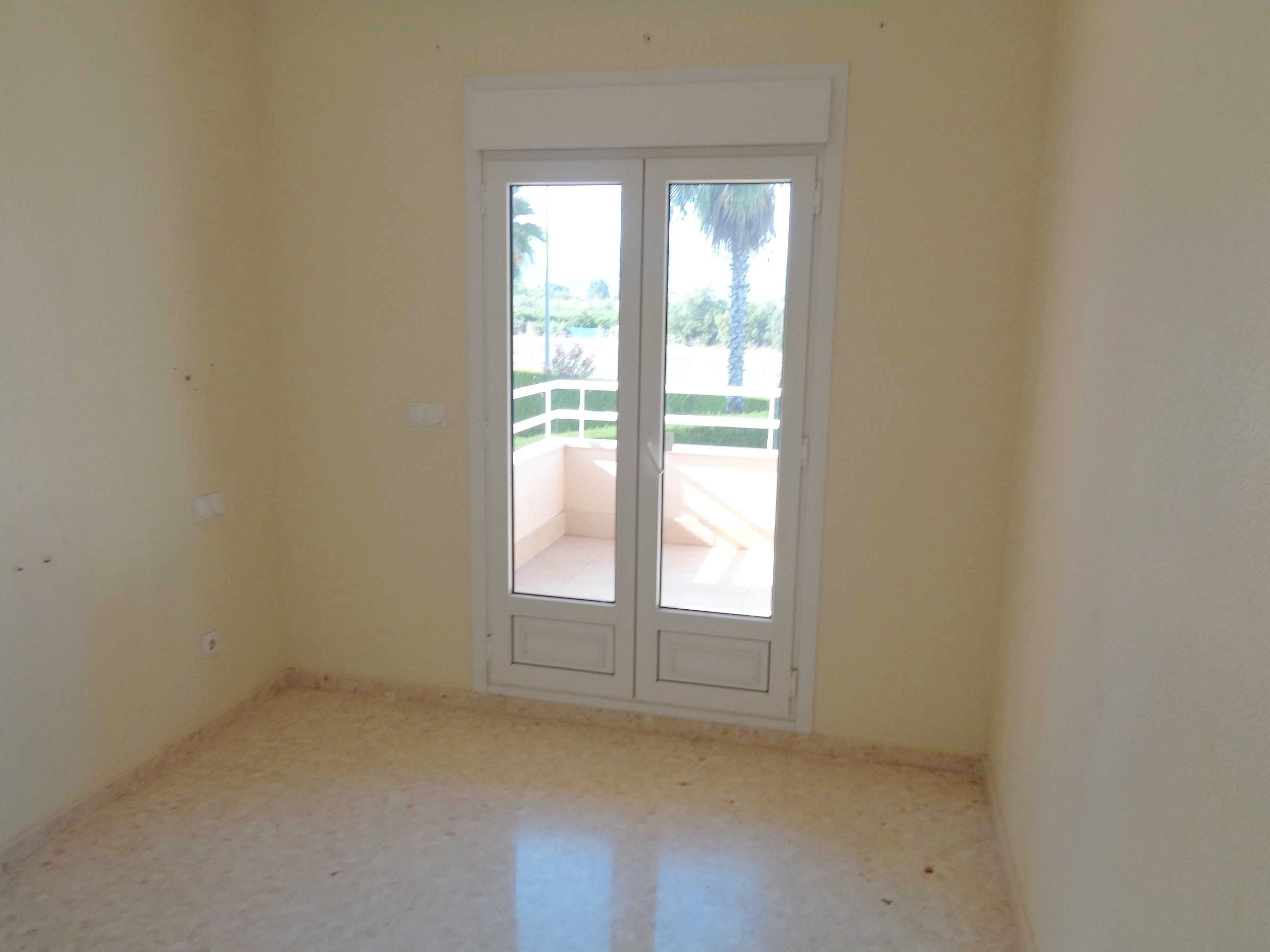 Apartamento en Oliva (92771-0001) - foto2