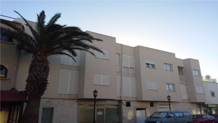 Locales en Oliva (La) (30115-0001) - foto0