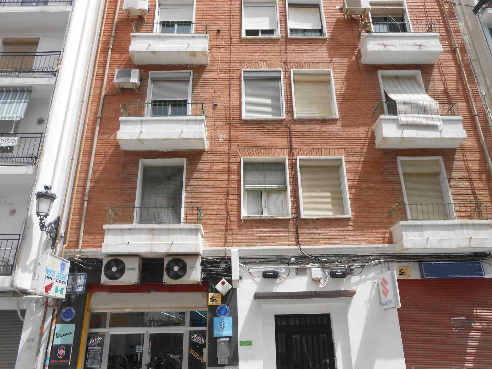 Piso en Valencia (65111-0001) - foto0