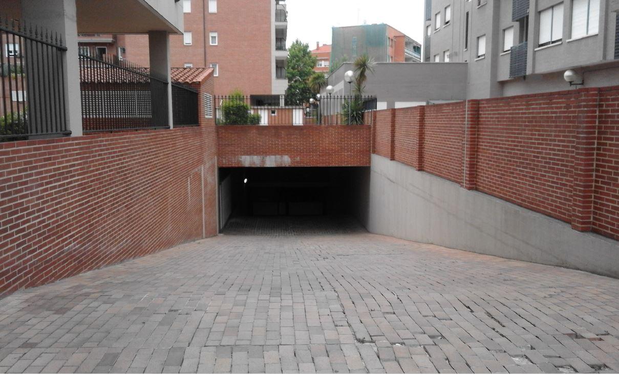 Garaje en Logro�o (64124-0001) - foto1