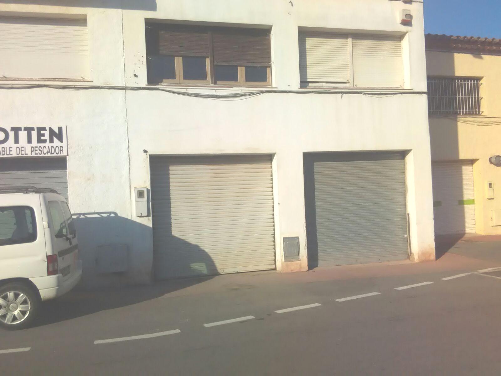 Locales en Castell� d'Emp�ries (93294-0001) - foto0