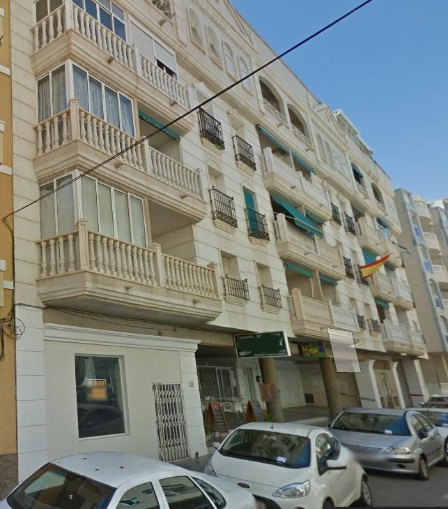 Apartamento en Torrevieja (75055-0001) - foto0
