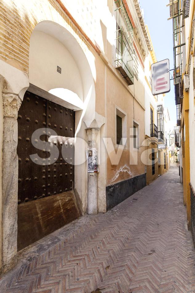 Hotel en Sevilla (Edificio en el Casco Antiguo ) - foto0
