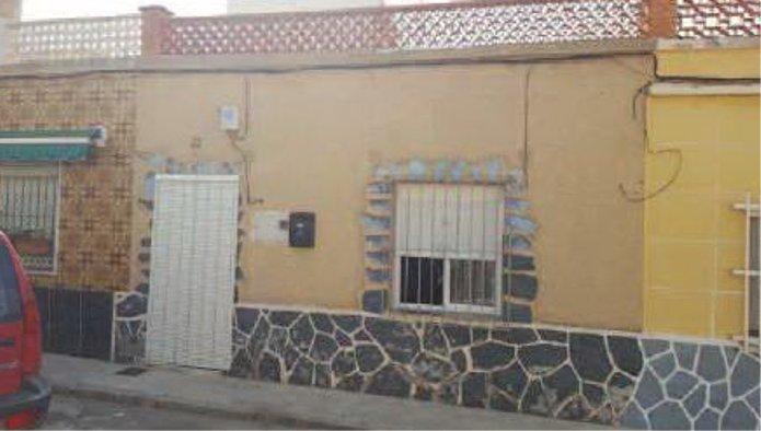 Casa en Cartagena (75205-0001) - foto0