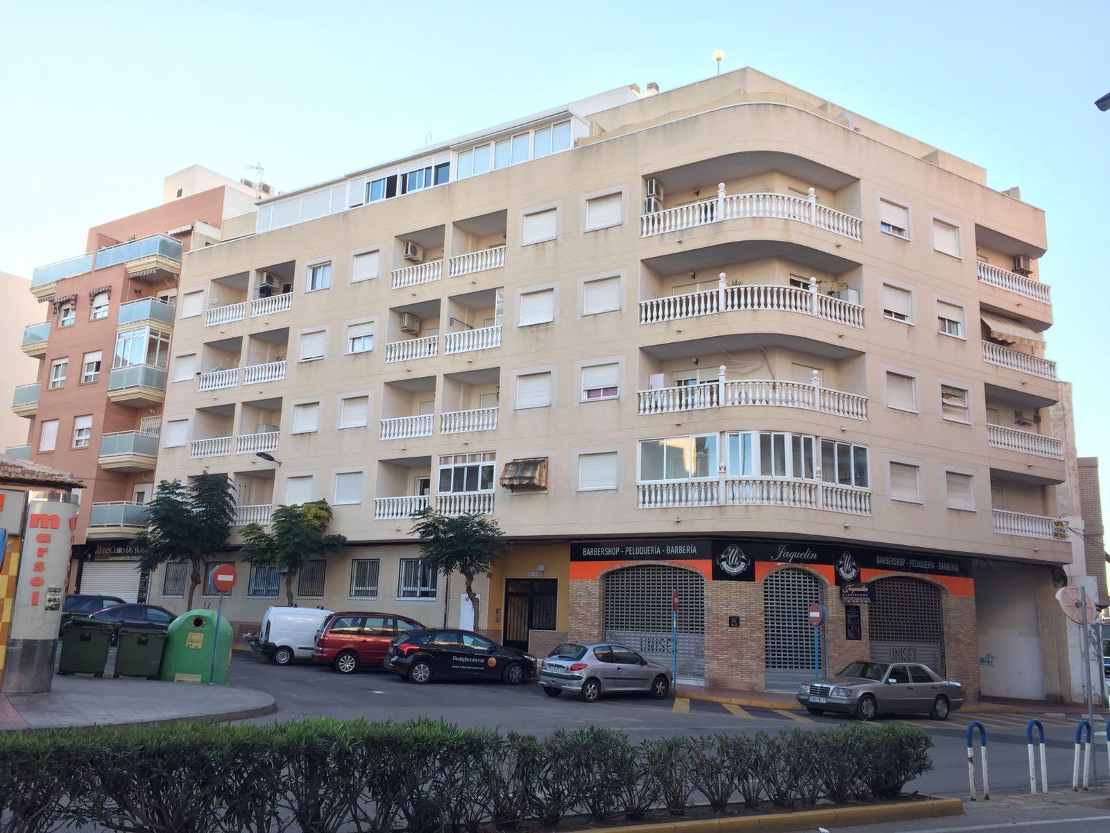 Apartamento en Torrevieja (Apartamento en Edificio San Luis) - foto0