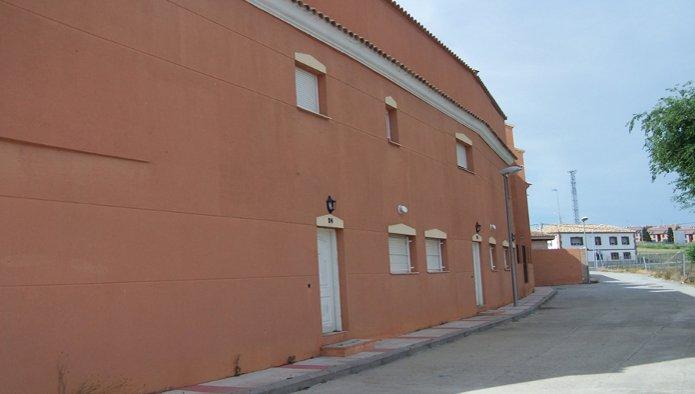 Edificio en Recas (M83453) - foto2