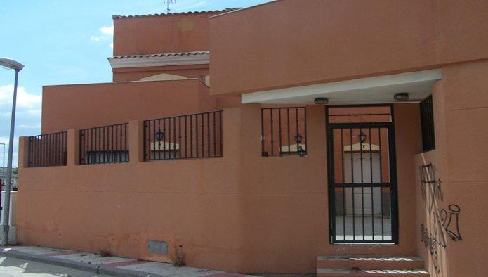 Edificio en Recas (M83453) - foto3