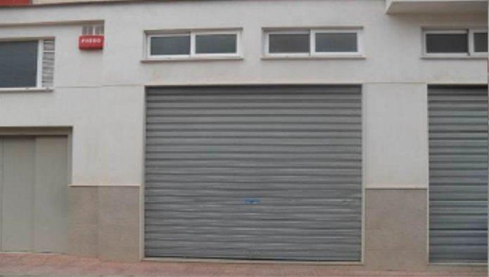 Locales en Caudete (Valencia) - foto3