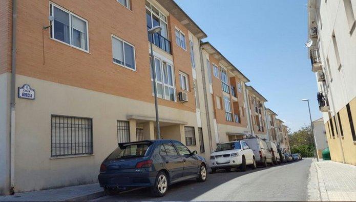 Piso en Alcalá la Real (72469-0001) - foto0