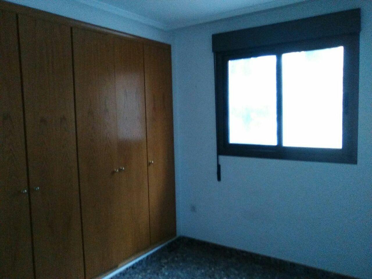 Piso en Valencia (76864-0001) - foto2