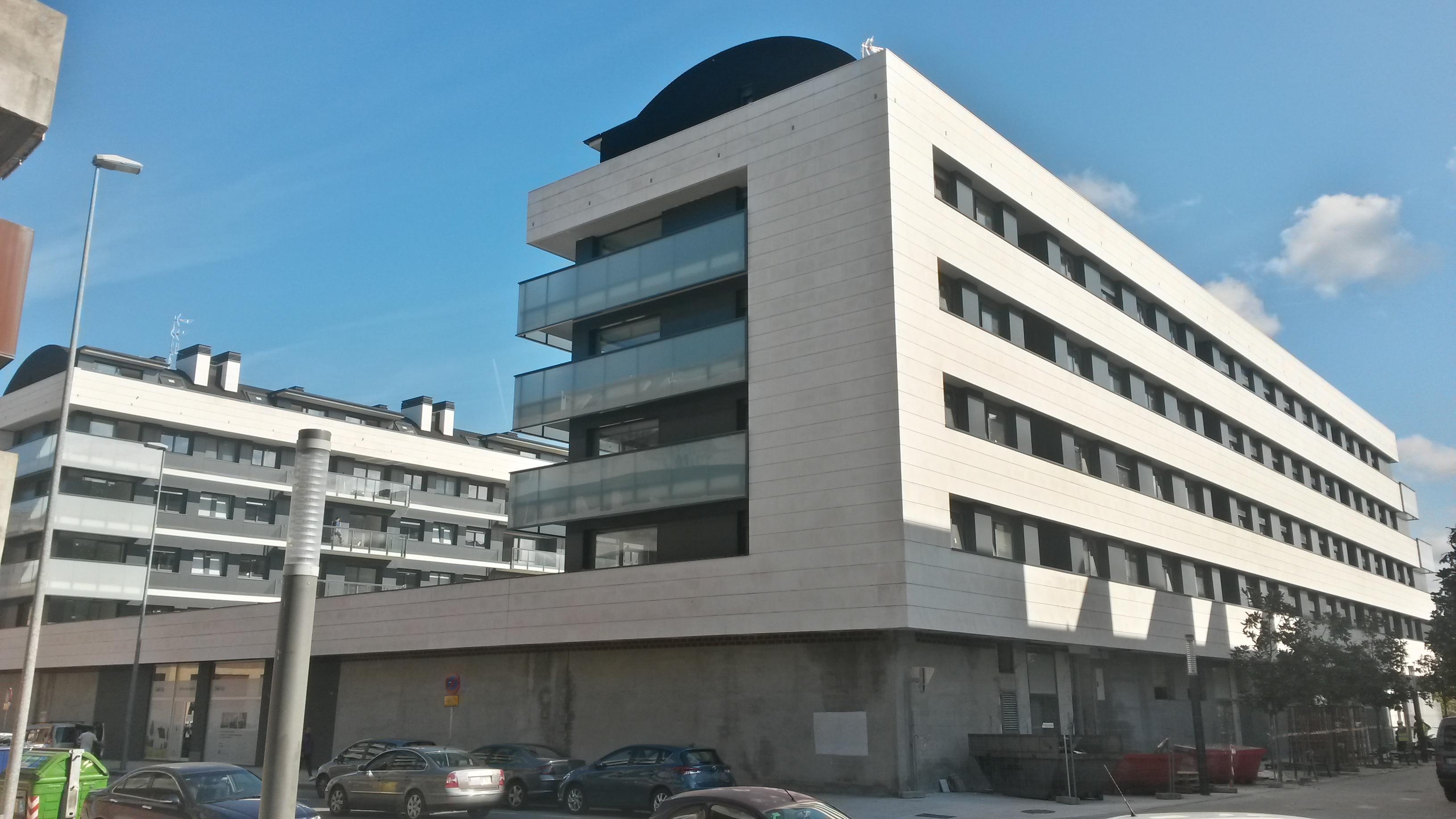 Locales en Gijón (M67025) - foto5