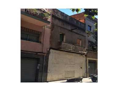 Solares en Barcelona - 0