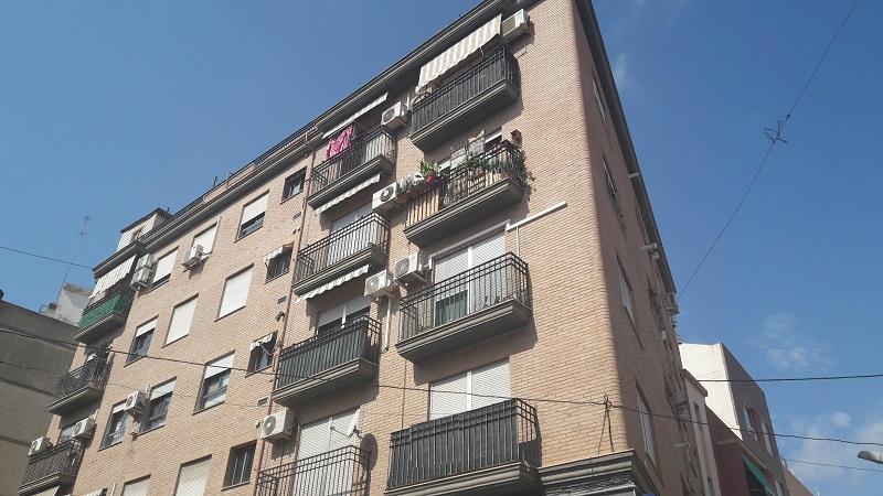 195009 - Piso en venta en Valencia / Piso en Benicalap