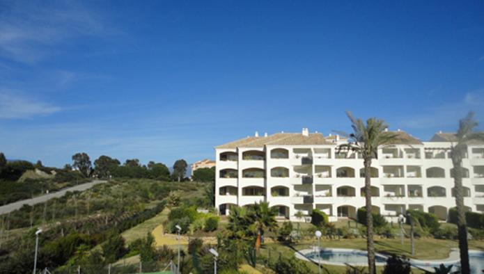 Apartamento en Estepona (M16460) - foto2