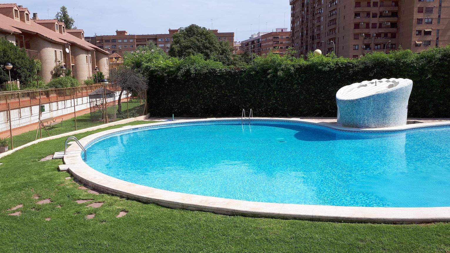 195015 - Casa Adosada en venta en Valencia / Chalet adosado en Benimaclet
