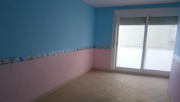 Apartamento en Mah�n (24901-0001) - foto1
