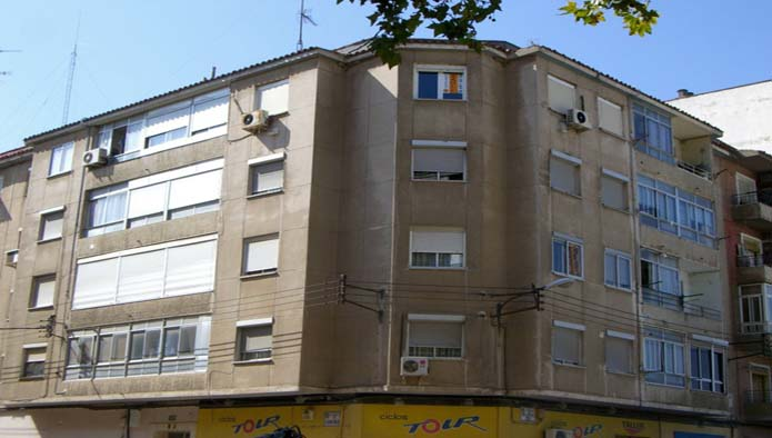 Piso en Zaragoza (16767-0001) - foto0