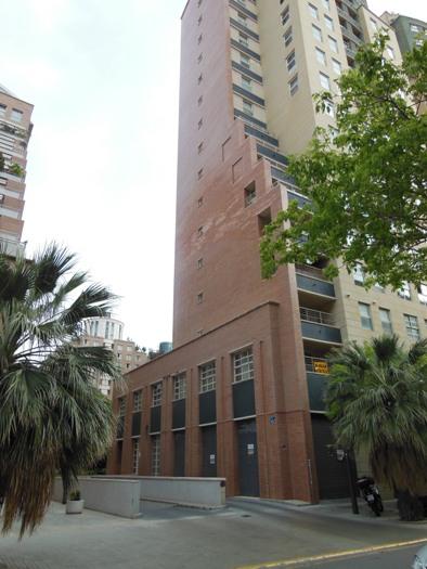 64048 - Parking Coche en venta en Valencia / Garajes en Valencia