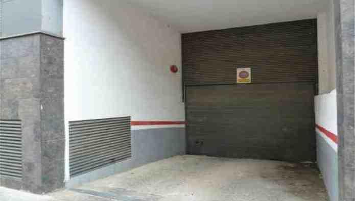 Garaje en Terrassa (30723-0001) - foto1