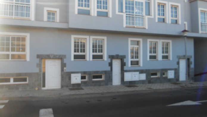 Garaje en Puerto del Rosario (84401-0001) - foto0