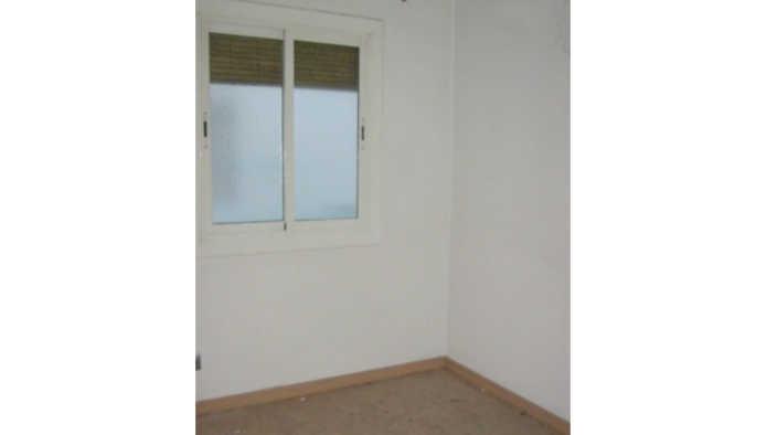 Apartamento en Santa Coloma de Gramenet (25488-0001) - foto1