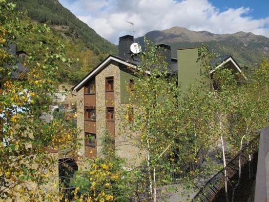 Edificio en Llorts (M42214) - foto1
