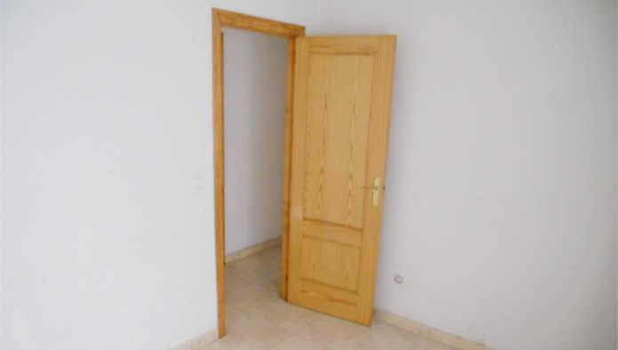 Apartamento en Torrevieja (14133-0001) - foto1