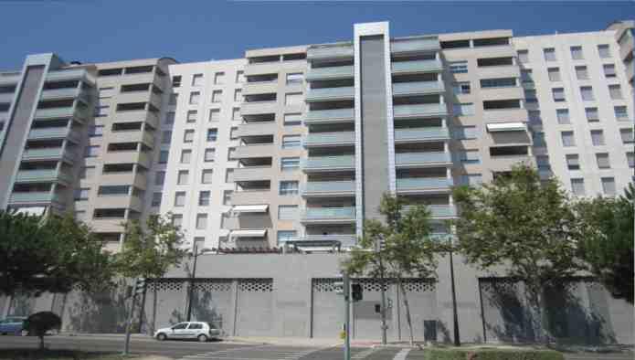 81428 - Parking Coche en venta en Valencia / Residencial Vilamagna