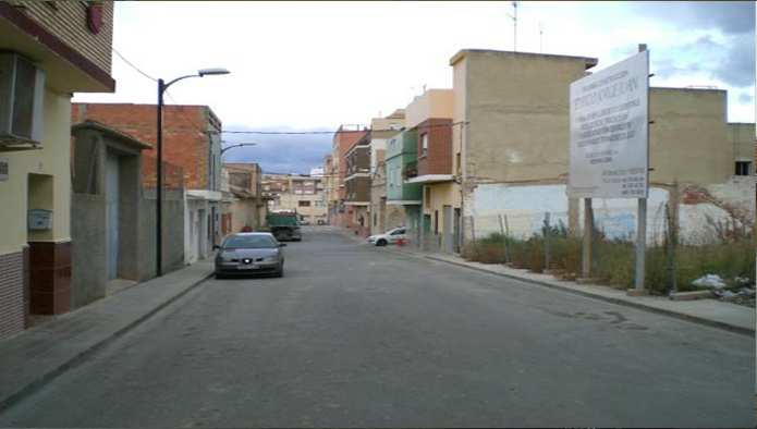 Solares en Pobla de Vallbona (la) (Jorge Juan ) - foto1