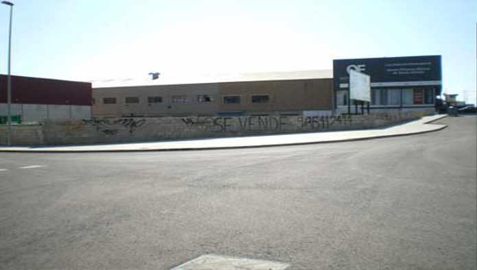 Solares en Alicante/Alacant (Pol. Industrial Agua Amarga) - foto2