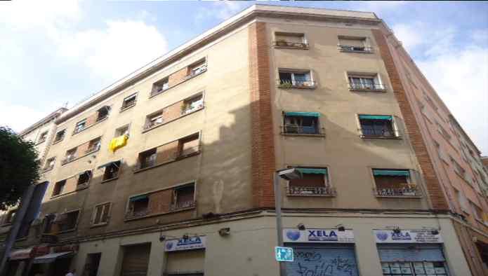 Piso en Hospitalet de Llobregat (El) (25010-0001) - foto0