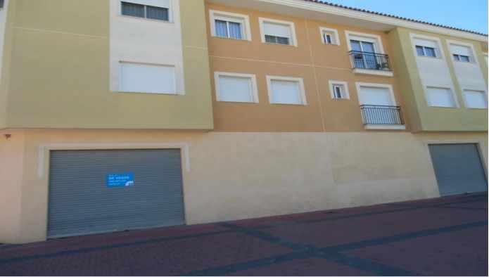 Locales en Alhama de Murcia (C/ Estaci�n- Alhama) - foto1