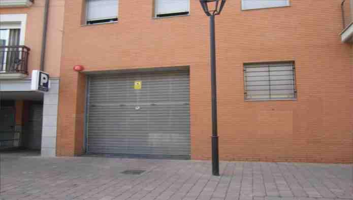 Garaje en Santa Maria de Palautordera (Passeig Remei) - foto0