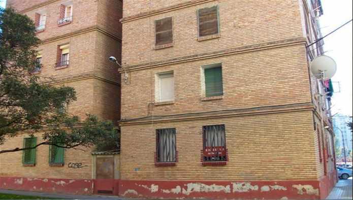 Piso en Monzón (82471-0001) - foto0